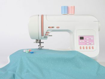 best-embroidery-machine-reviews-feature-image