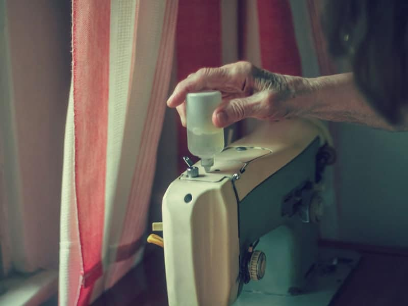 Best Sewing Machine Oil 2020: Helpful Tips and Product Reviews