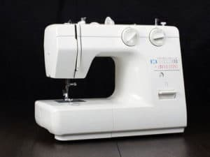 Best Sewing Machine Under 100